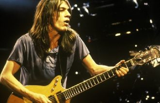 AC/DC's Малькольм Янг умер